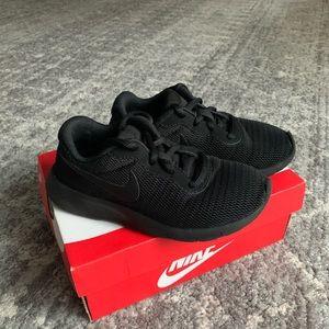 Nike Tanjun toddler sneakers